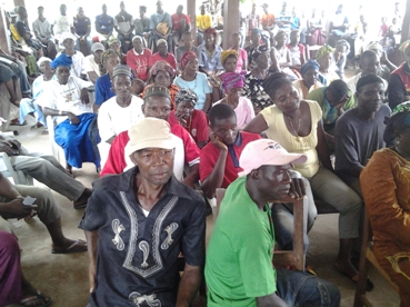 Cross section of the audience at the engagement in     Kagberay  (1)