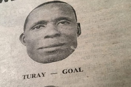 1966 DAILY MAIL PHOTO OF IMAM MAHMOUD TURAY WHEN HE WAS GOALKEEPER FOR THE SIERRA LEONE NATIONAL FOOTBALL TEAM. CREDIT : KABS KANU OF COCORIOKO ( THROUGH THE SIERRA LEONE DAILY MAIL ).
