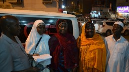 s-leone-medical-team-poses-for-the-press-in-mecca
