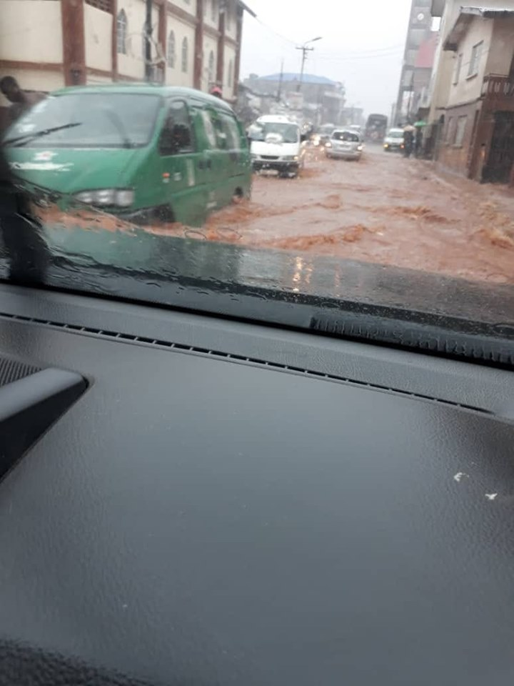 CARS IN FLOODS 3